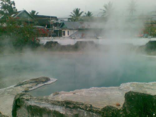 semurup hot spring
